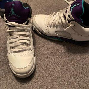 Air Jordan 5 Retro GS Grape size 7y